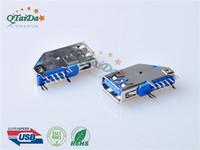 USB 3.0 A F 侧插卷边 1