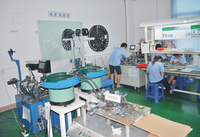 Automatic assembly equipment